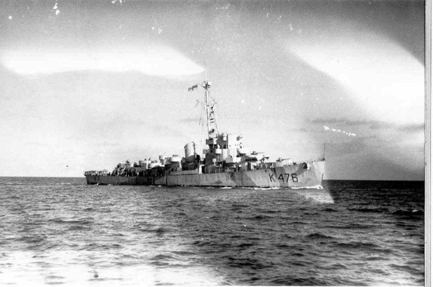 H.M.S. Gould. Photo Navy-photos