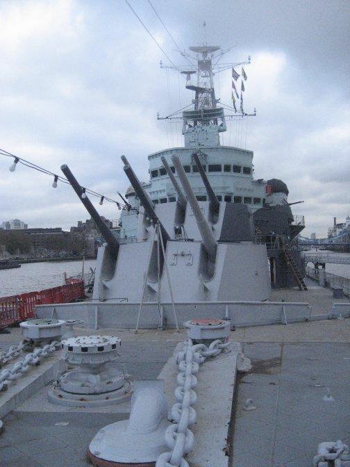 Forward Gun Turrets.