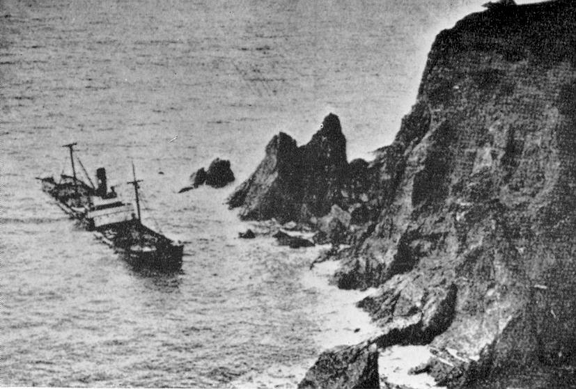 This photo shows exactly where the wreck lies today.