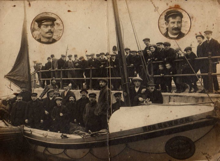 The Lifeboat Bob Newton with William Leuty circled on the right. Photo Paul Thomas.