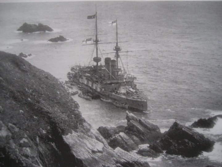 The Montagu as she struck.