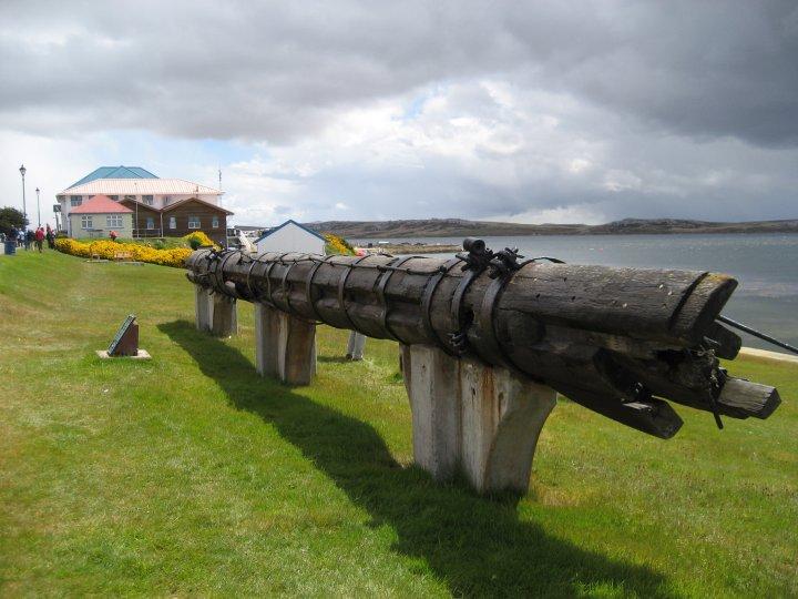 what's left of the Mizzen mast