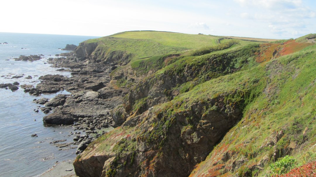 The fantastic view across the cliffs towards Kynance.